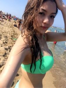 Curvy Vietnamese girls